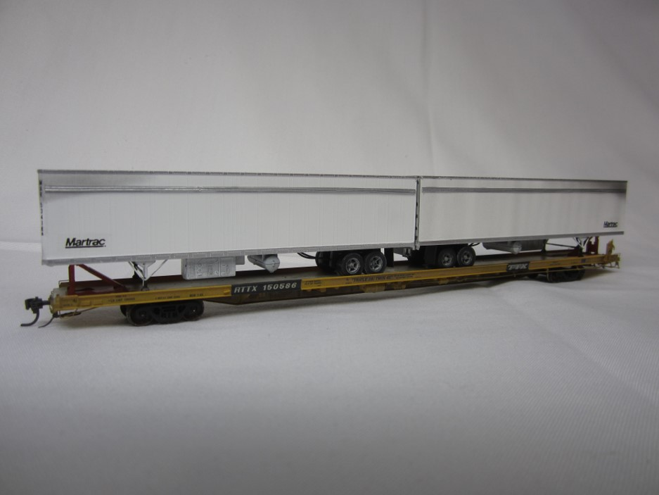 Photo of 3rd Place Intermodal car ATTX #190988 with trailers