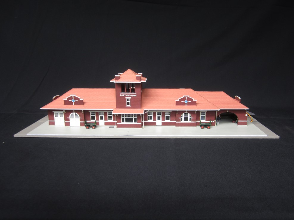 Photo of 1st Place Structure Fort Madison, IA, depot