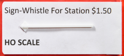 HO Santa Fe station whistle board