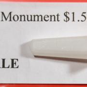 """HO Santa Fe """"state line"""" monument"""