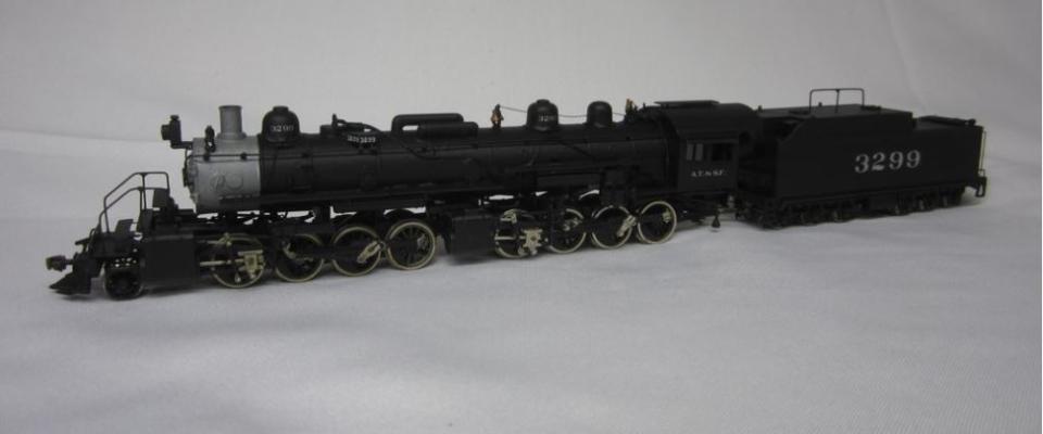 ATSF #3299, 2-8-8-0 scratchbuilt in brass by Master Santa Fe Modeler Ian MacKellar