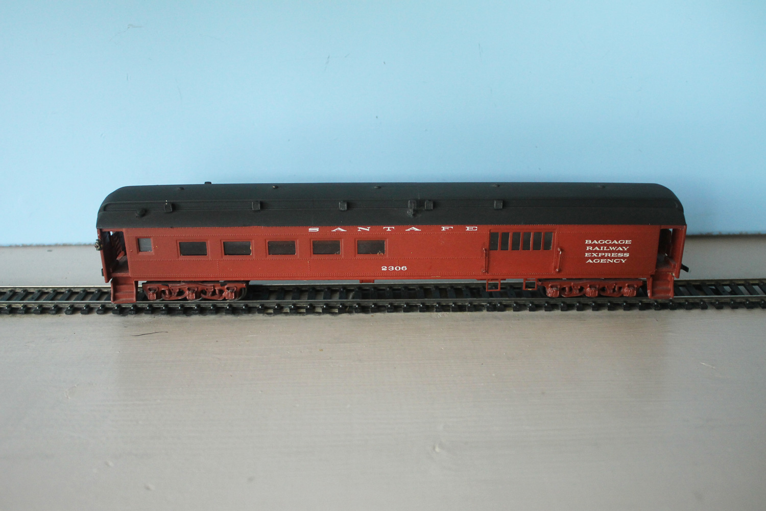 ATSF Coach, Baggage, Caboose #2306 (model)